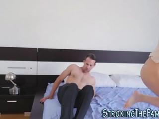 نيك بين الام والابن